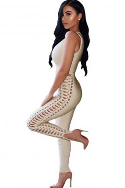 Combinaison nude à col v plongeant et lacets