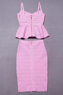 Robe basque rose avec bretelles