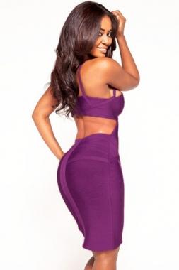 Robe violet texturée avec découpes
