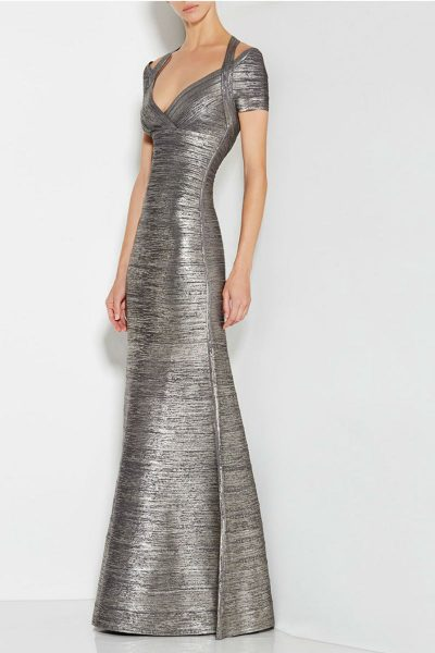 robe-de-soiree-argentee-a-bretelles-avec-decollete-en-v