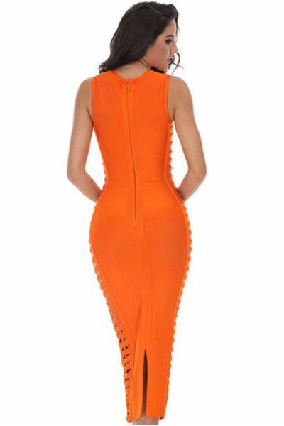 Robe orange tissée en sablier sur les côtés